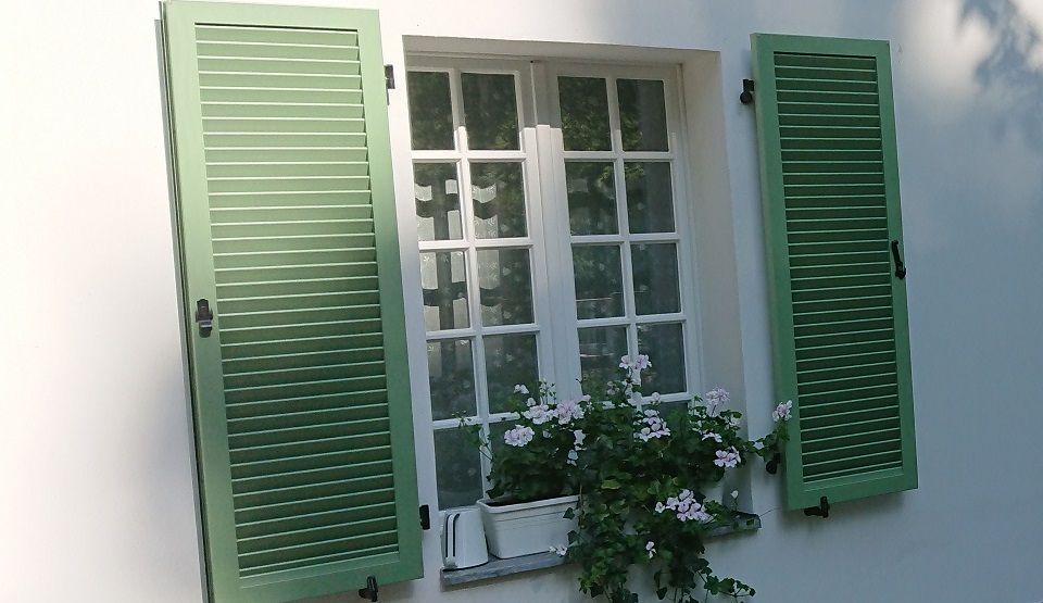 Zdjęcie okiennice otwierane